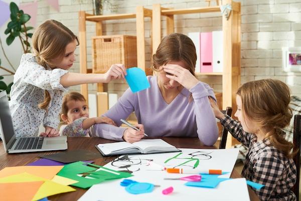 """Secretul părinților care NU spun """"Nu mai am timp!"""" sau """"Nu am chef de joacă!"""""""